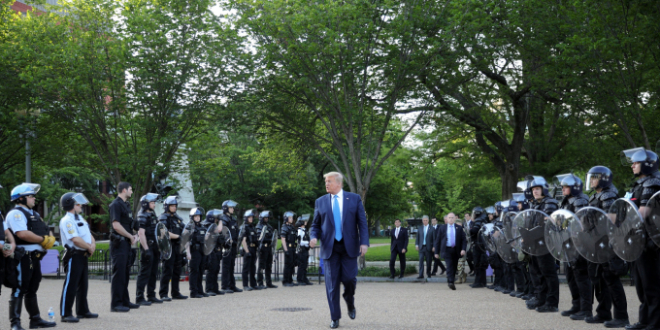 Trump and riot police